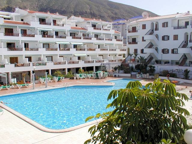 Tenerife holiday apartment and villa rentals. Cheapest rates